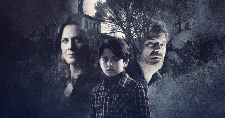 Netflix lisäsi uunituoreen kauhuelokuvan Älä kuuntele