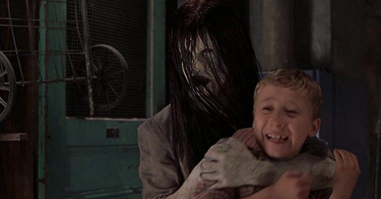 Tänään tv:stä: legendaarinen kauhukomedia Scary Movie 3 – parodiaa kauhuklassikoista